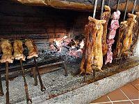 su galgone meats roasting