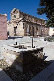 tratalias piazza chiesa vecchio centro picture